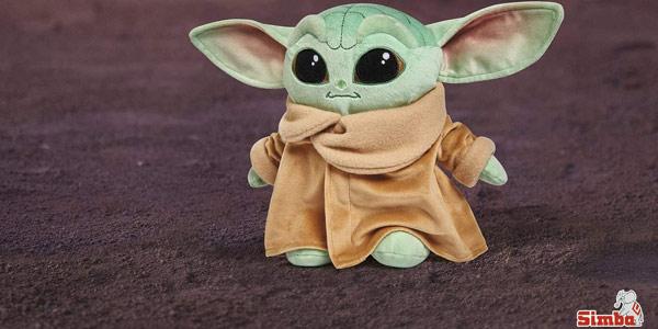 Peluche Baby Yoda Mandalorian de Simba Toys oferta en Amazon