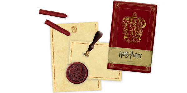 Harry Potter Gryffindor Deluxe Stationery Set barato en Amazon