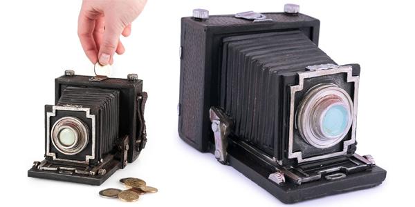 Hucha Pajoma con forma de cámara de fotos antigua barata en Amazon