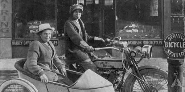 Effie Hotchkiss mujer viajera motocicleta historia