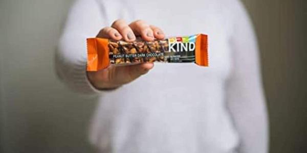 Pack x12 Barritas de Frutos secos Be-Kind con mantequilla de cacahuete y chocolate negro de 40 gr/ud chollo en Amazon