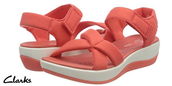 Sandalias de cuña Clarks Arla Gracie para mujer baratas en Amazon