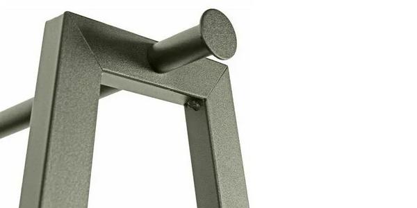 Armario burro de metal FurnitureR 5439 con 2 estantes y 3 ganchos oferta en ManoMano
