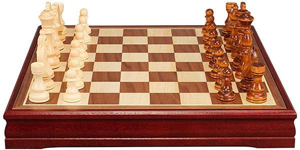 Chollo Juego de ajedrez de madera TLM Toys de 30 x 30 cm
